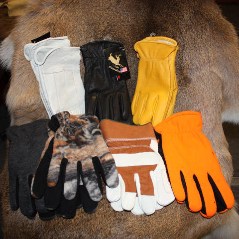 Whitetail Deer Hide Gloves